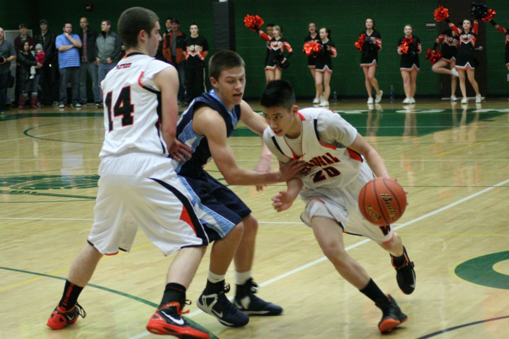 Washougal_boys_basketball_gets_fourth_place_at_districts-1024x682